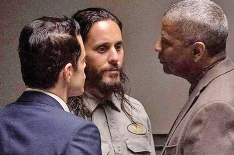 "Rami Malek, Jared Leto y Denzel Washington en ""Pequeños secretos"".  WARNER BROS"