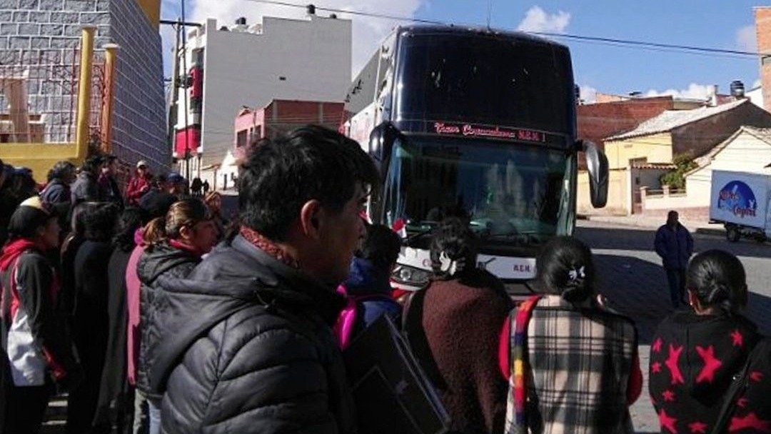 Queman casa de hermana de Evo Morales en Oruro