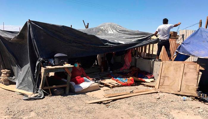 El Gobierno suspende la repatriación de bolivianos desde Chile