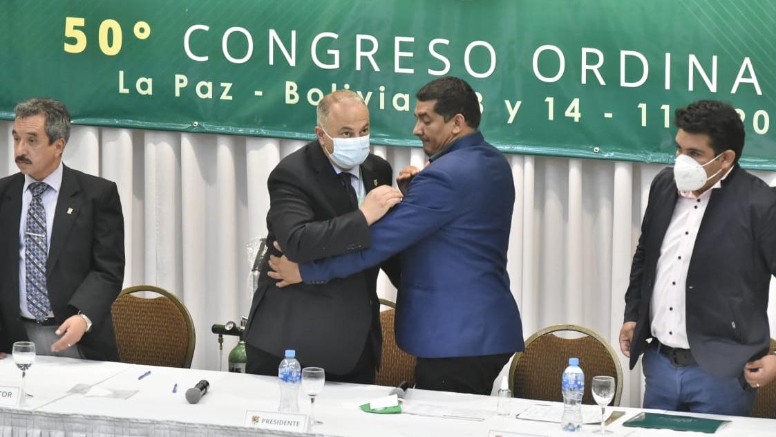 Fernando Costa es nombrado como presidente de la FBF. APG