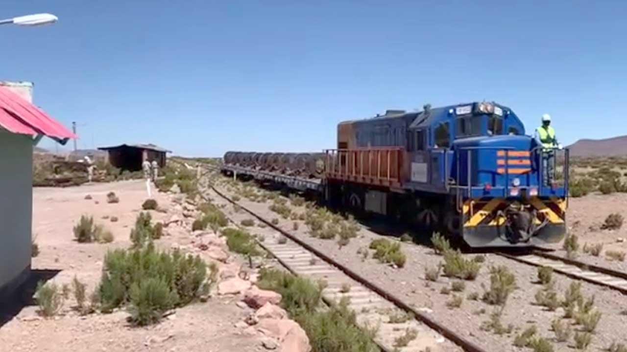 El Gobierno convoca a transportistas para aclarar situación del tramo  férreo Arica – La Paz - El País - Opinión Bolivia
