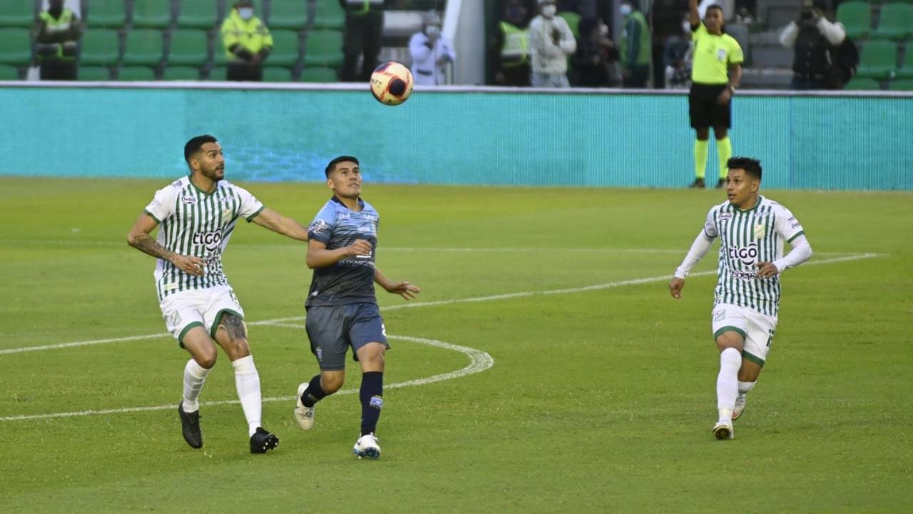 Oriente se queda con el clásico cruceño tras golear a Blooming - Deportes -  Opinión Bolivia